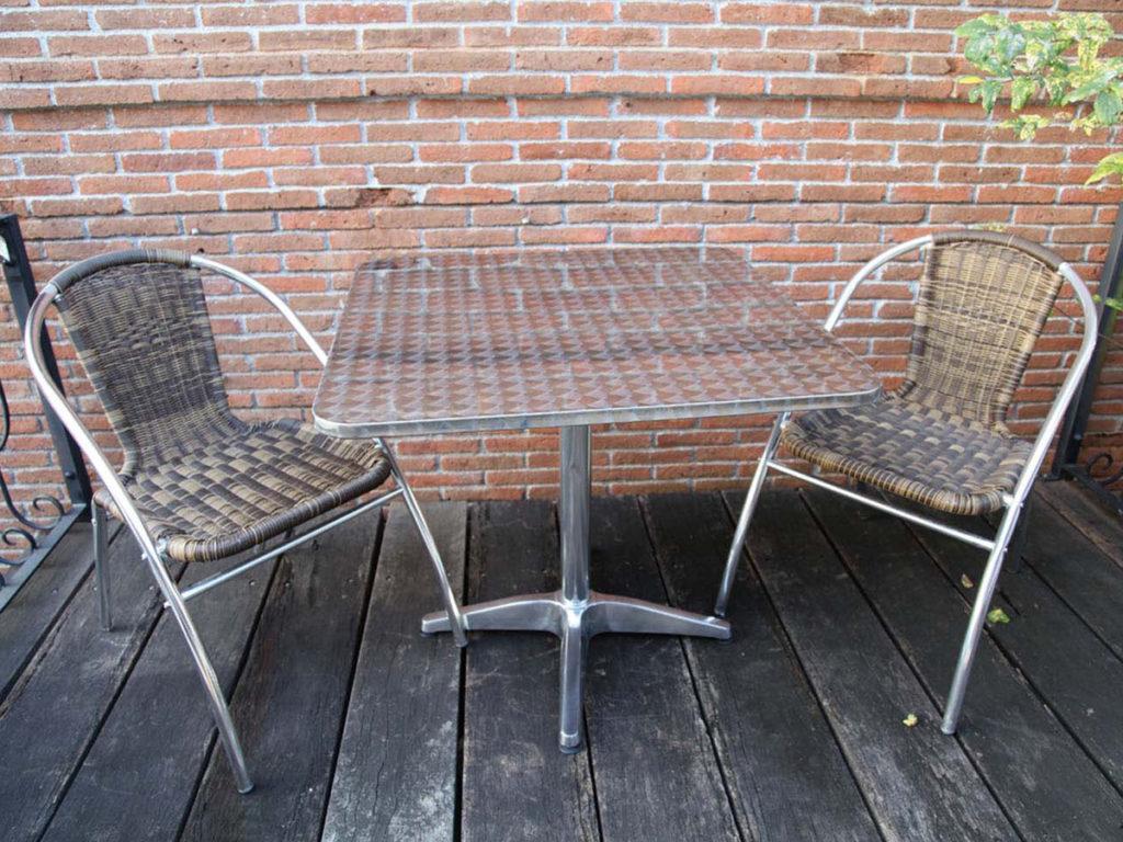 業務用テラス席に!カフェテーブル3点セット