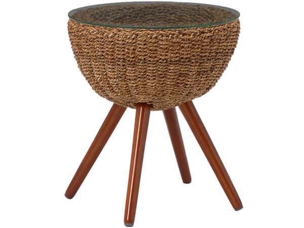 ソファサイドにぴったりの丸テーブル