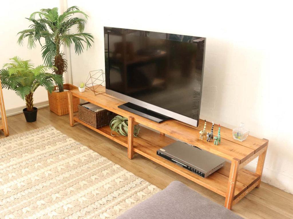 シンプルな180TVボード