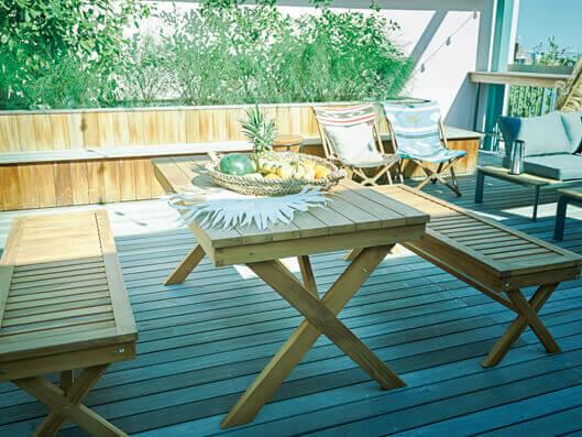 チーク材ガーデンテーブルベンチ使用例